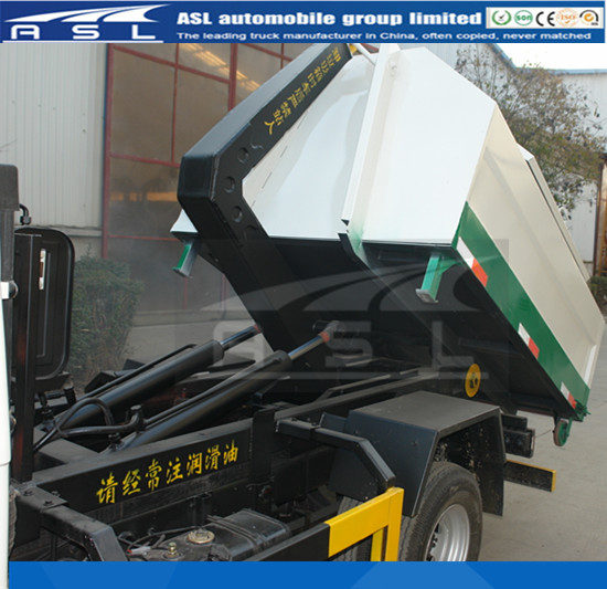 Brand New 5T Hooklift Trucks equipped with new garbage container
