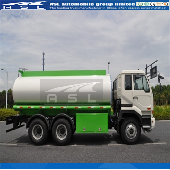 10wheels Oil Tanker Trucks adopted Nissan chassis