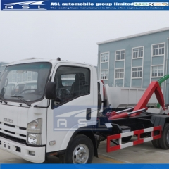 ISUZU 700P 10T Hook Loaders are loading garbage